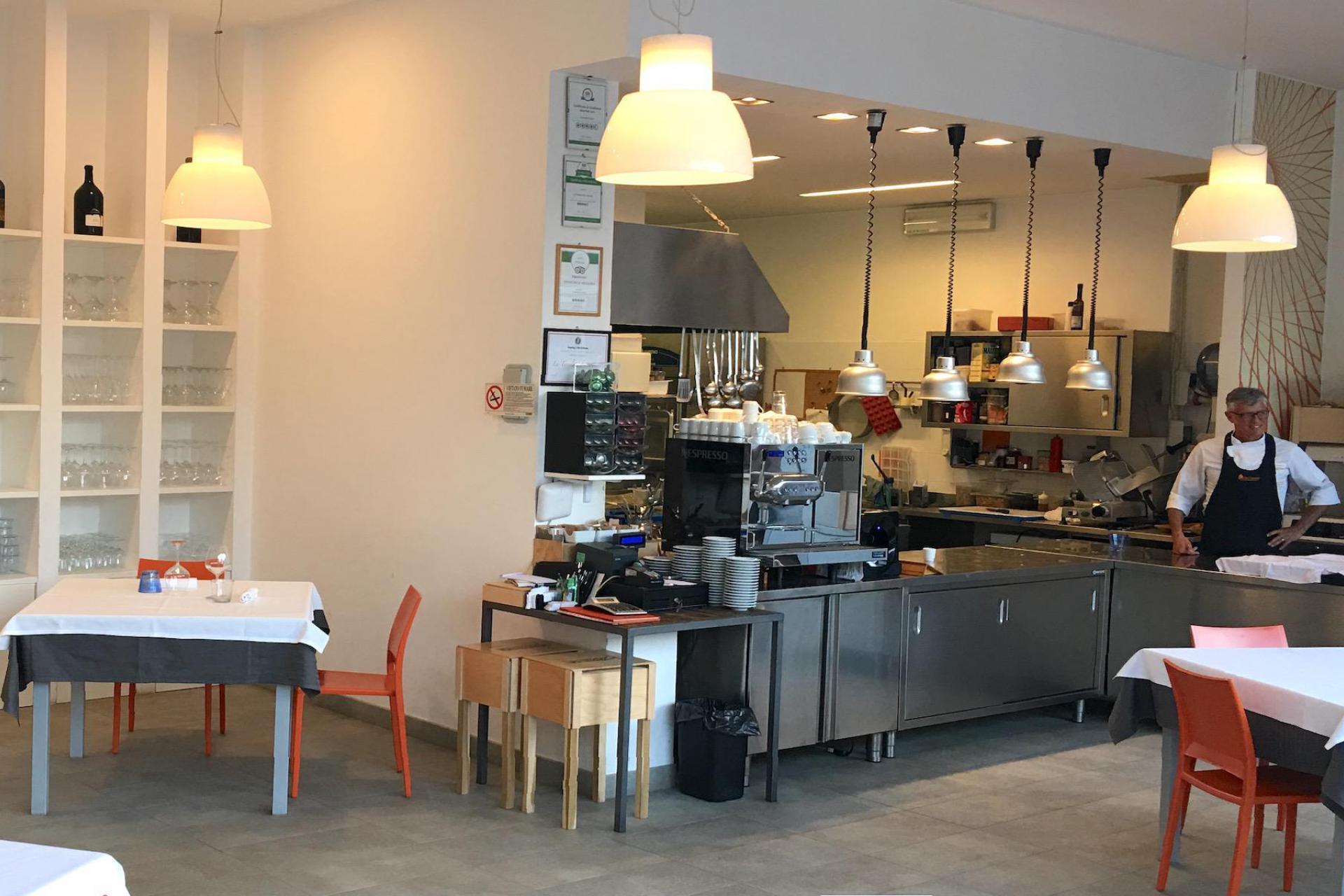 Agriturismo Marken Agriturismo Marken mit Restaurant und im Olivenhain